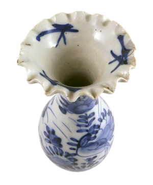 Guangxu Period Blue and White Crimple Rimmed Vase