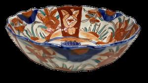 Hand Decorated Meiji Period Imari Scollop Edged Bowl