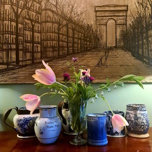 Its been a very blustery day in Herefordshire,  I thought I'd rescue some flowers before they got blasted! We're finally moving back in the sitting room tomorrow,  Kiel has been busy snagging all weekend. Can't wait to get stuff in their rightful place, including some of our pottery collection in the image, the screen print is on cotton by #bernardbuffet . We've had 4 of these over the years, we kept the first one and sold the others, I doubt I'll find another.   #antiquedealersofinstagram #interiordecorating #herefordshire #interieur #interior #interiordesign #antiques #ledbury #uplands #antiquesforsale #antiqueinteriors #antiquesaregreen #decorativefair #screenprinting #bernardbuffet #uplands